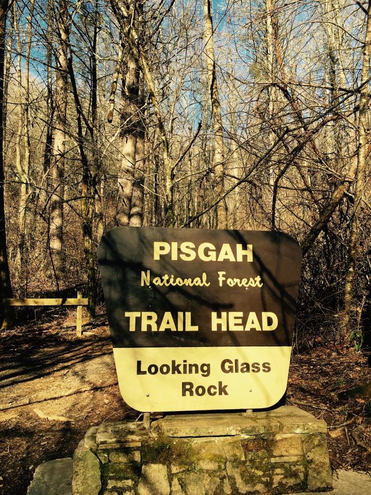 Looking Glass Rock Trail - trail head