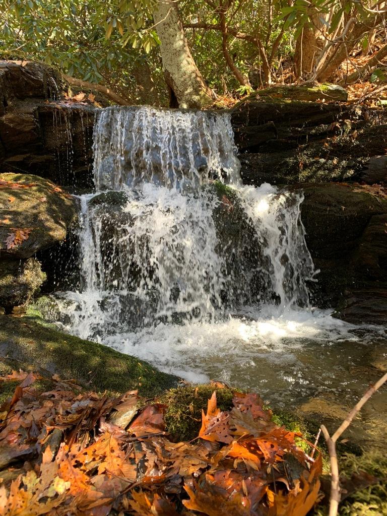Thunderhole Trail - cascade